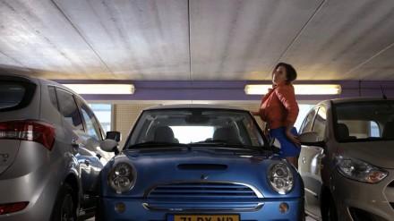 Achteruit inparkeren met CRYSTAL CLEAR